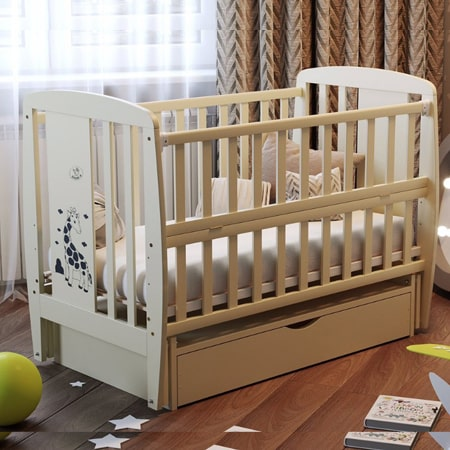Детская кроватка Жираф с закрытым ящиком, вставками МДФ и красивым рисунком
