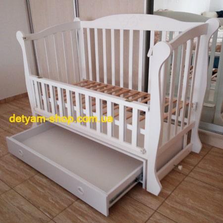 Спящий Мишка с ящиком - элегантная детская кроватка-диванчик с бесшумным маятниковым механизмом (бук)