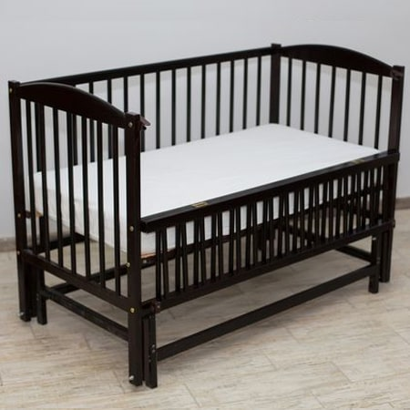Веселка - люкс венге - прочная и надежная кроватка с бесшумным маятниковым механизмом