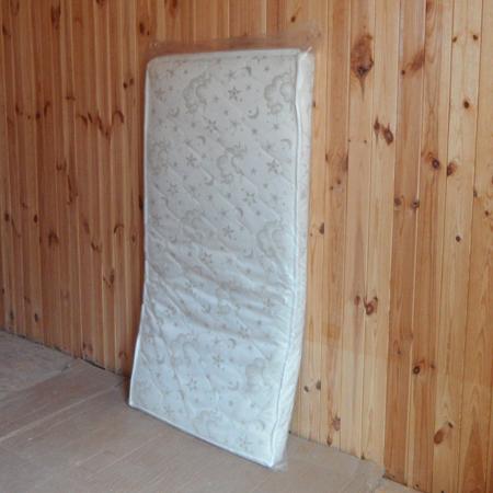 Комфорт-плюс 5 слоев кокосового волокна в жаккардовом стеганном чехле 120*60