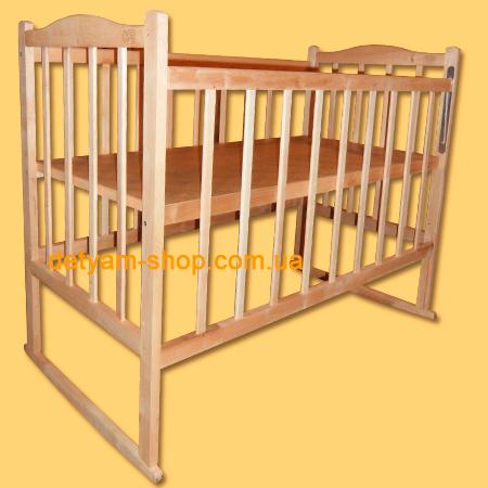 Солнышко  детская нелакированная кроватка с качалкой и колесами