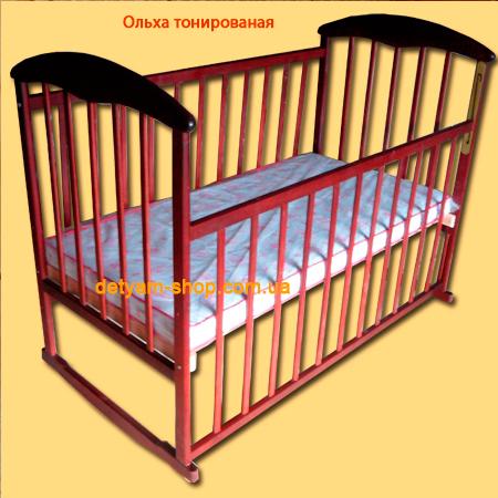 Наталка ольха тонированная - темная детская кроватка с колесами и качалкой